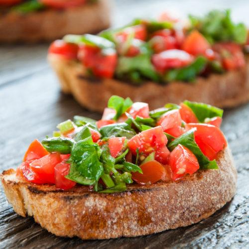bruschetta, tomato and basil on toast